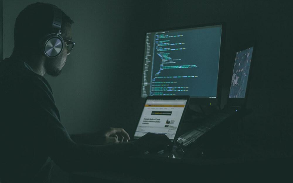 Cyber Insurance Worker